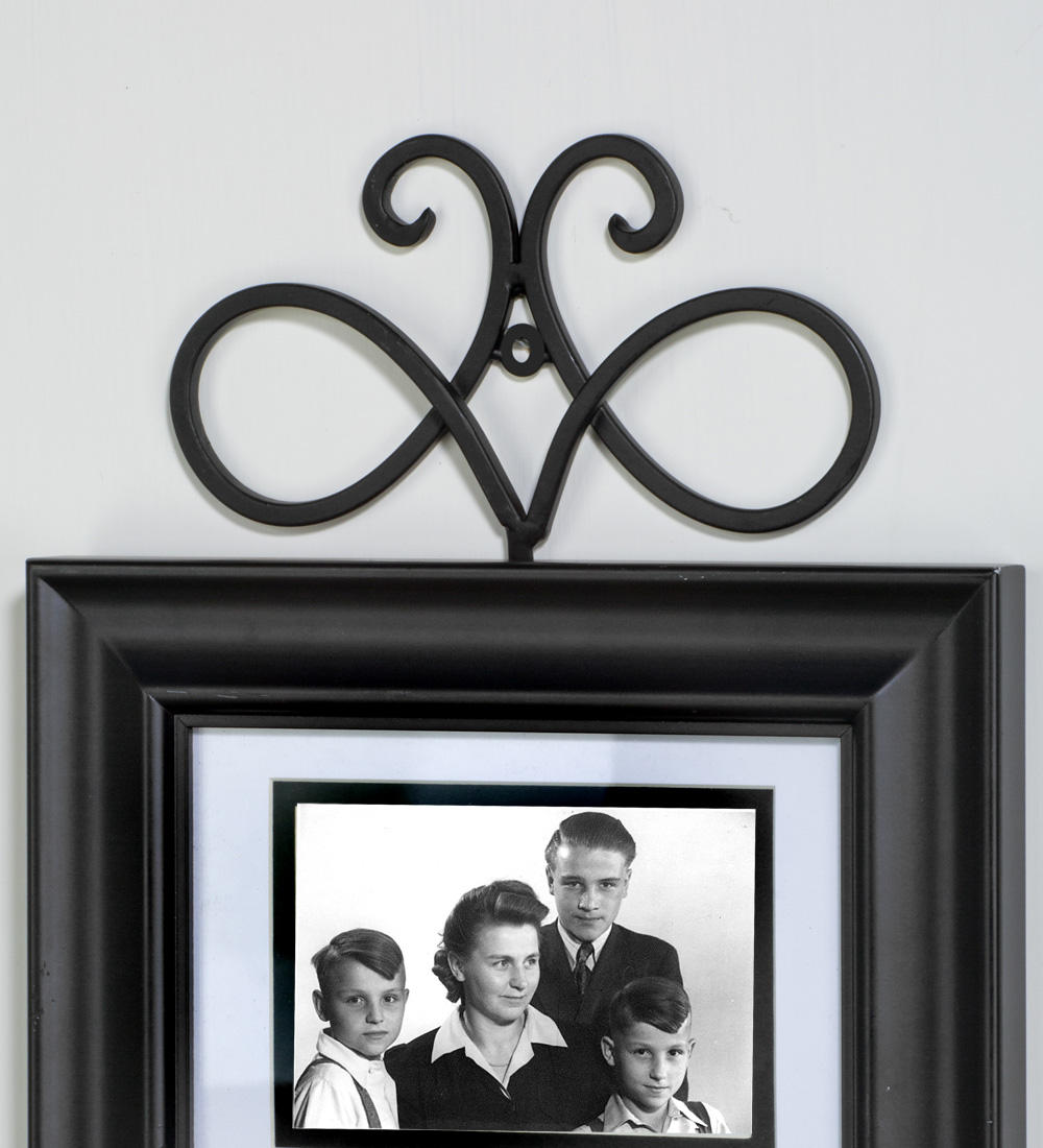 Black Swirl Frame Hook  (Wall Decor)