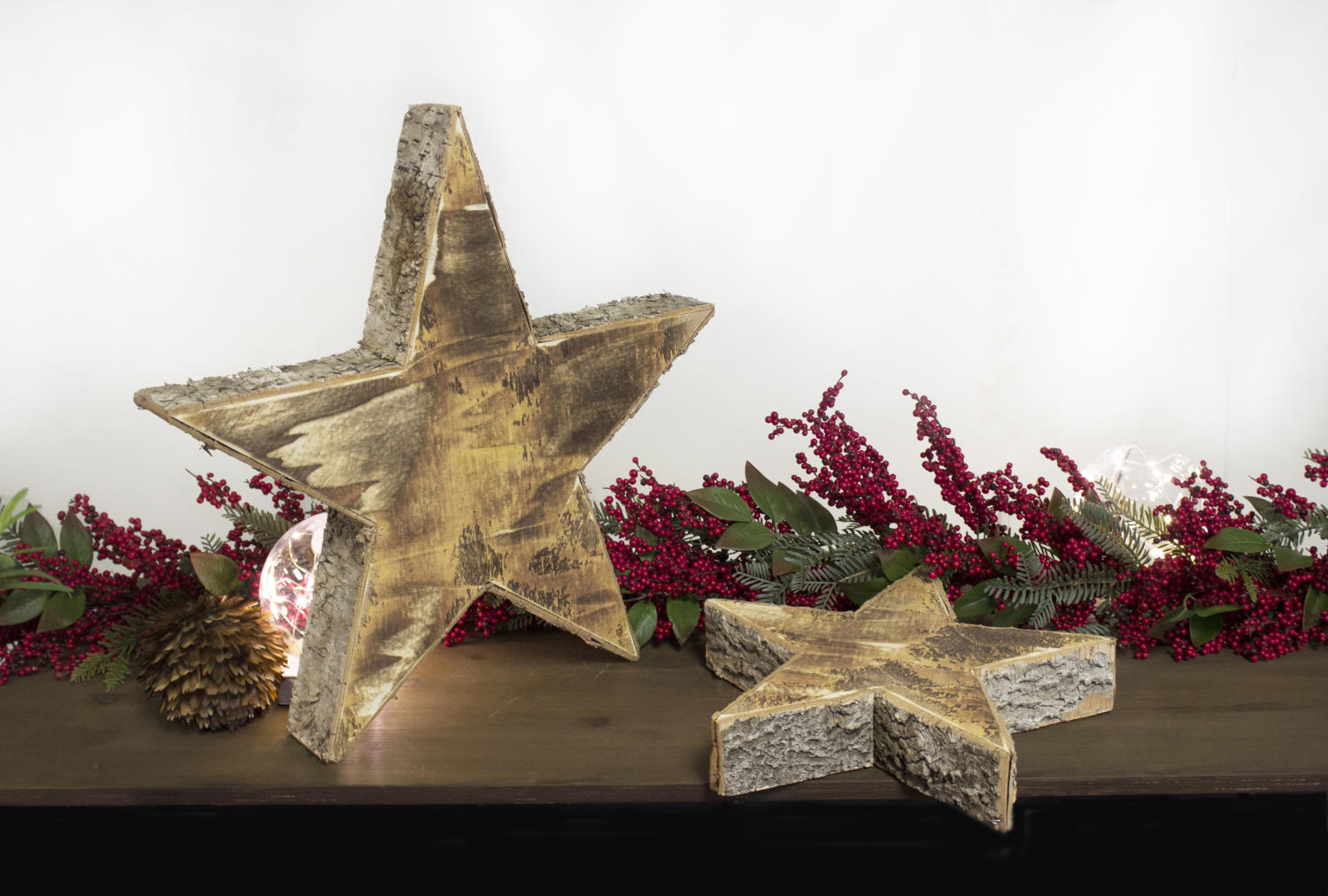 Natural birch wood star decor set of 2 tripar for Decor international inc