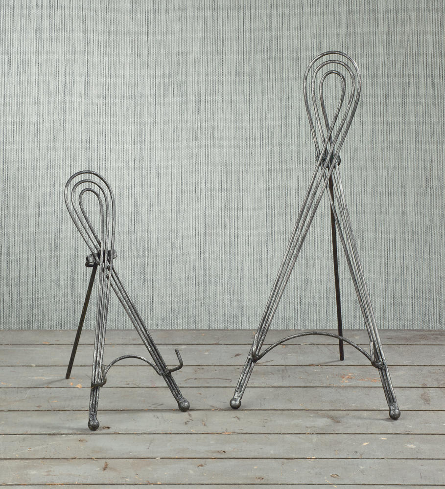 3 Wire Loop Easels   (Easels (Tabletop))