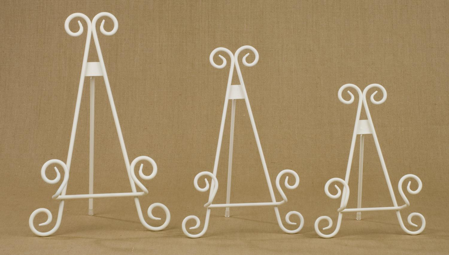 Antique White Metal Easels   (Easels (Tabletop))