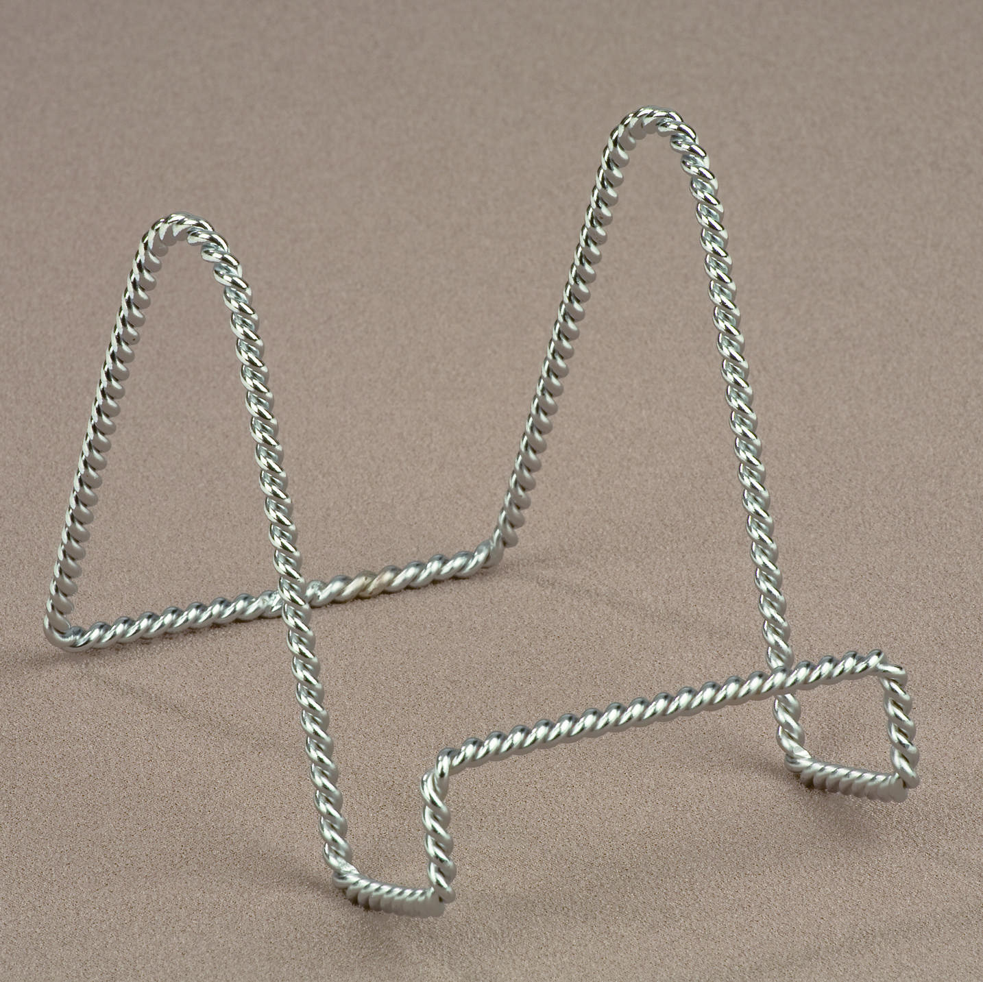 Chrome Twisted Wire Stand  (Easels (Tabletop))