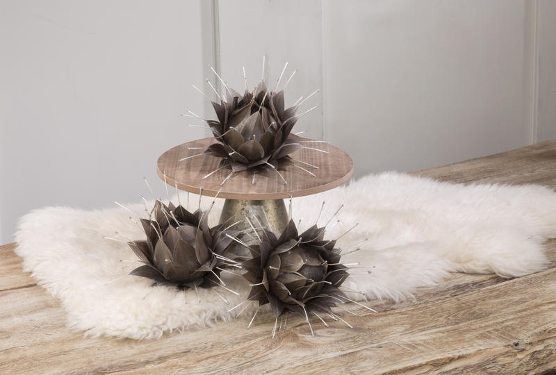 Goose Feather Lotus Flower - Metallic Taupe