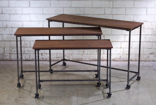 Set/3 Wooden Tables