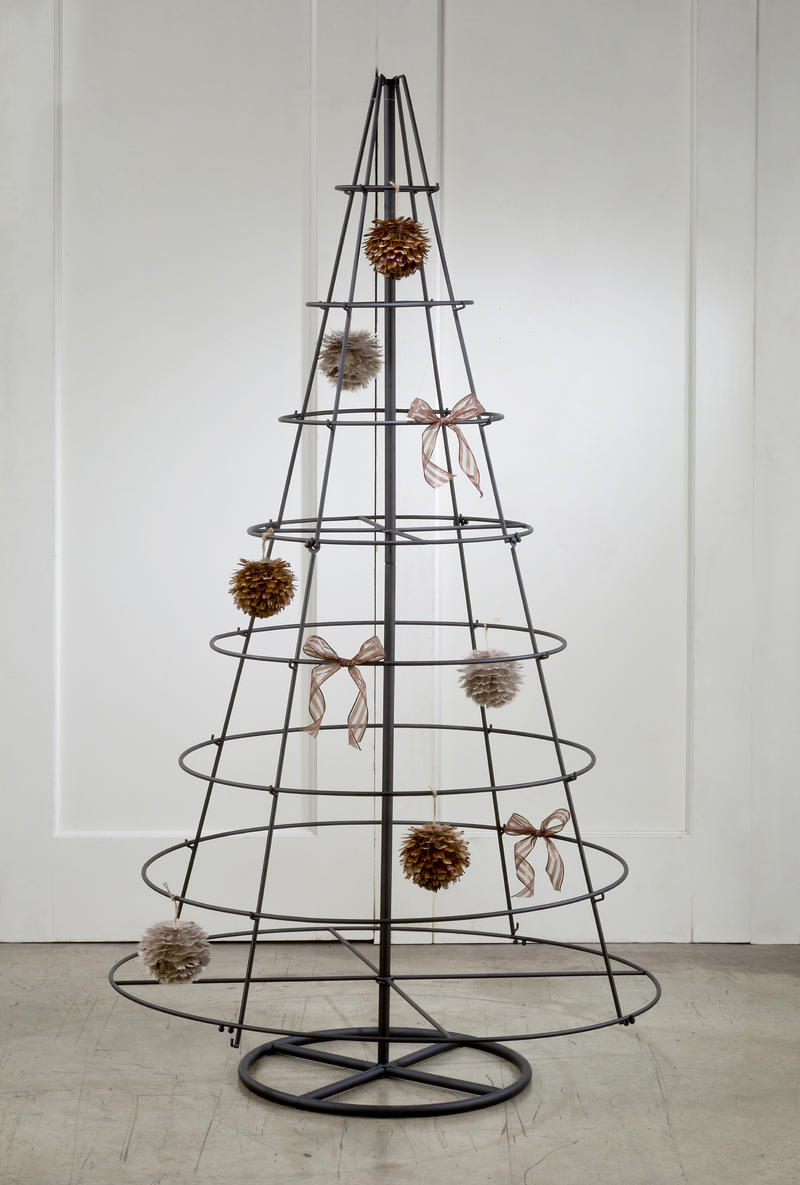 Metal Floor Ornament Display Tree