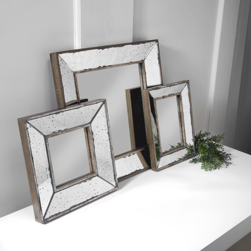 Antiqued Mirror Decor