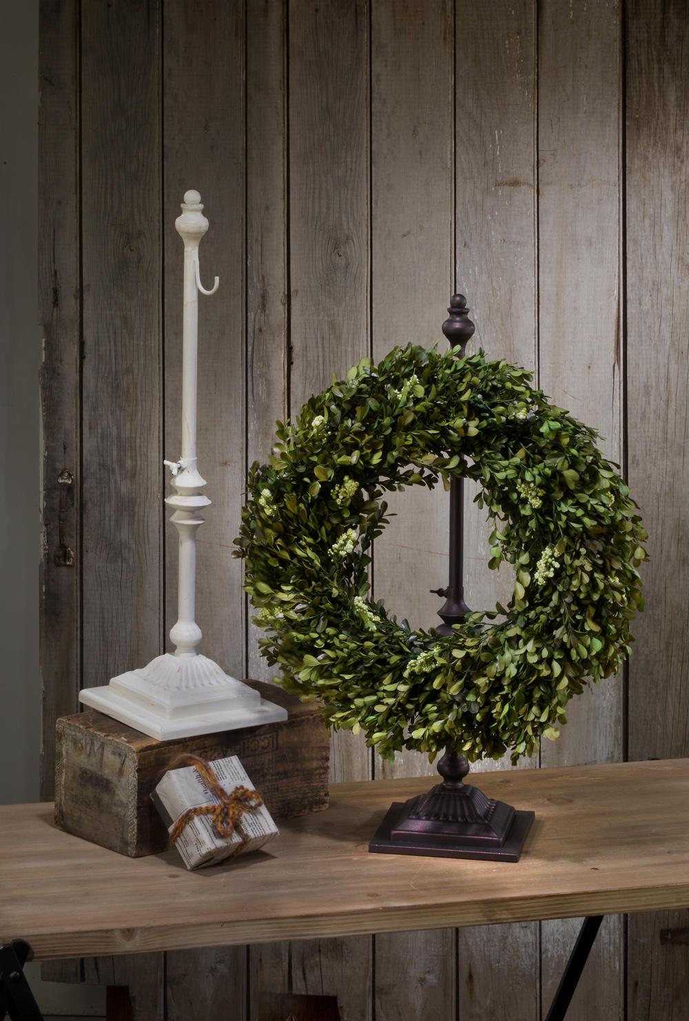 Adjustable Wreath Stands Tripar International Inc